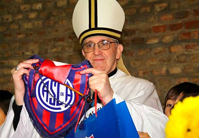El-nuevo-papa-ha-manifestado-en-varias-ocasiones-su-simpatia-por-San-Lorenzo-de-Almagro